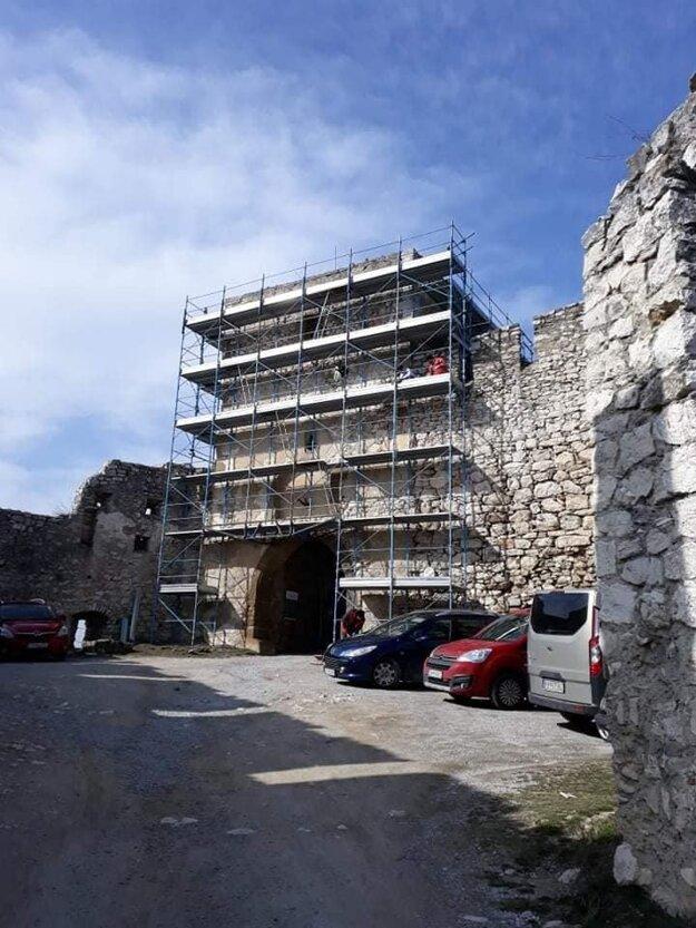 Rekonštrukcia Spišského hradu.