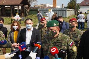 Testovanie na ochorenie Covid-19 v Jarovniciach.