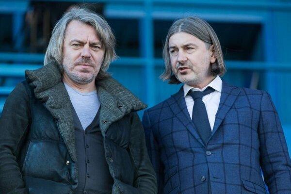 Konstantin Sosenko (vľavo) a Andrij Kolesnik (vpravo) sa už 6. januára prezentovali vstupom do FC Nitra, ale ani po troch mesiacoch stále nie sú v štruktúrach klubu.
