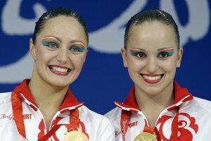 Anastaria Jermakovovová (vpravo).