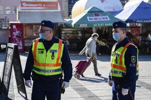 Koronavírus: Maďarská polícia.