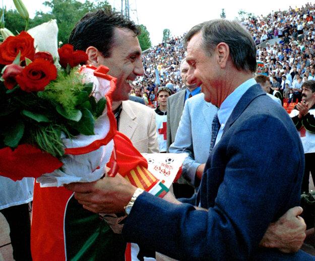 Johan Cruyff (vpravo) a Christo Stoičkov.