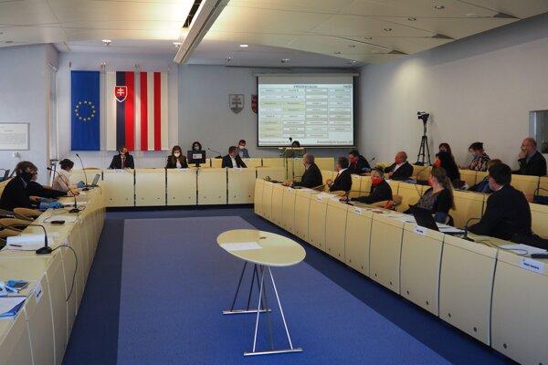 Zasadnutie zastupiteľstva v Prešove v apríli 2020.