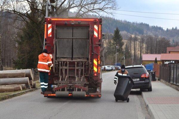 V Turzovke takisto pomáha pri čistení technika.