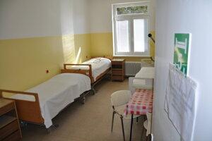 Izby pripravené pre pacientov s COVID - 19.