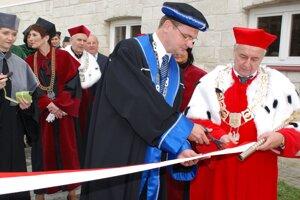 Marek Pribula na otvorení vysokoškolského klubu v Jaroslawe.