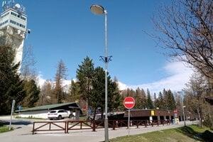 Centrálne parkovisko na Štrbskom Plese. Odtiaľ by mala viesť nová kabínková lanovka.