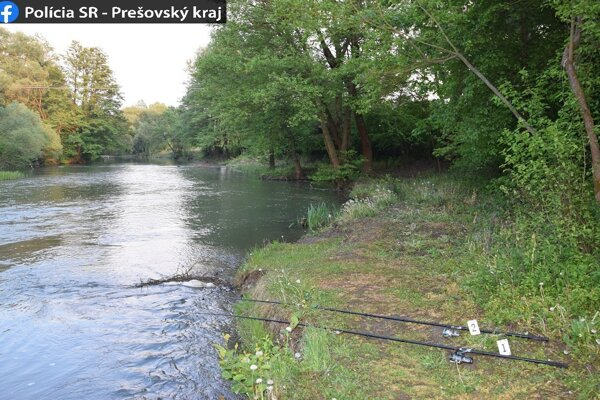Muž lovil ryby na dve udice počas individuálnej ochrany mimo ustanoveného lovu.