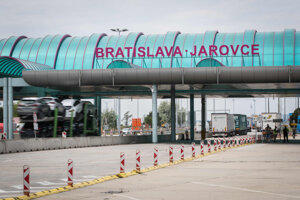 Do 15.júna musí Slovensko vyhodnotiť možnosť otvorenia hraníc s Rakúskom a Českom.