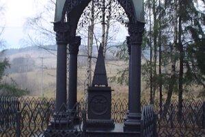 Liatinový pamätník