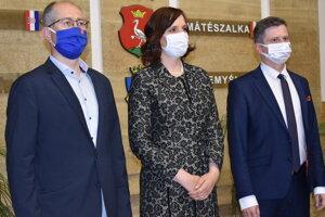 Peter Kremský (zľava), Veronika Remišová, Miloš Meričko.
