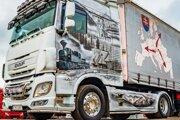 Kamióny z Oravy vozia aj umenie.