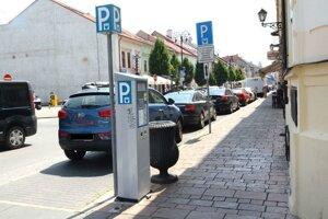 Parkovanie na Kováčskej.