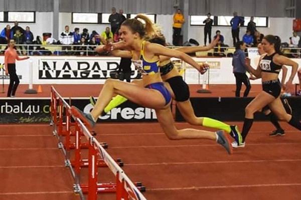 Mia Fotulová zvíťazila v behu na 60 m prekážok.