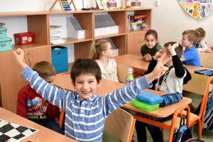 Do školy sa tešili.