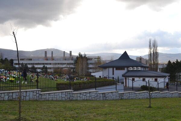 Nový cintorín v Snine.