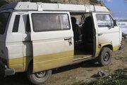 Karavan v ktorom cestoval podozrivý.