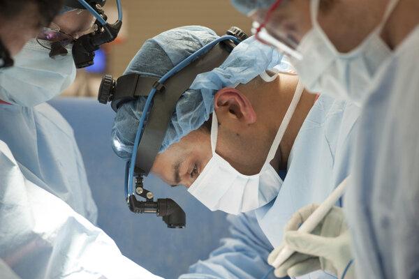 Jediným riešením pre pacientov s PAH je transplantácia pľúc.