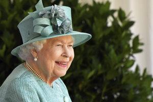 Kráľovná Alžbeta II. oslavuje narodeniny.