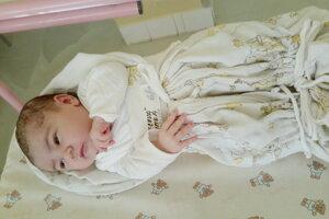 Timea Hudecová (3240 g a 50 cm) sa narodila 13. apríla Márii a Matúšovi z Lednických Rovní.