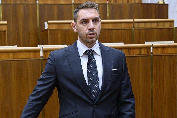 Košický župan má spor s vládnym poslancom. Juraj Gyimesi (OĽaNO) pracoval na Trnkovom úrade tri mesiace.