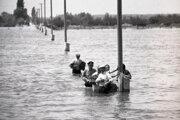 Z evakuácie obce Baloň 19. júna 1965.