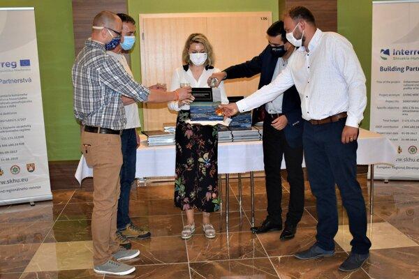 Živé dedičstvo Novohradu bolo pokrstené.