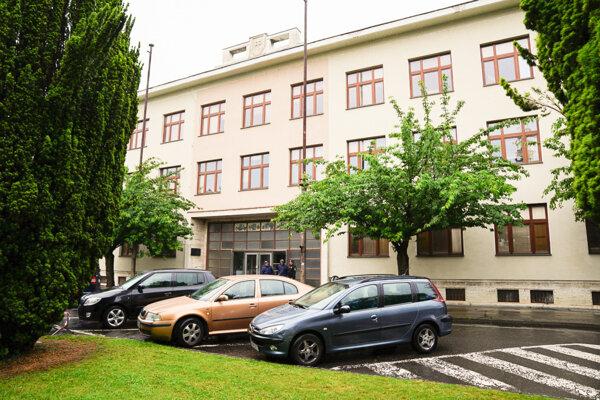 Bývalá budova Strednej priemyselnej školy elektrotechnickej