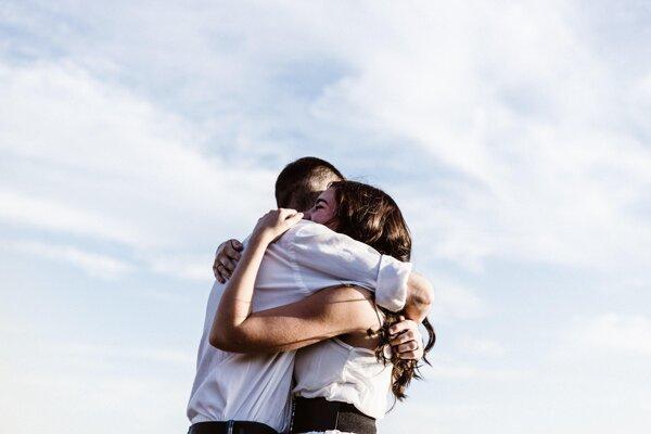 Ilustračná fotografia. Túžba po objímaní druhých môže byť podľa novej štúdie dedičná.