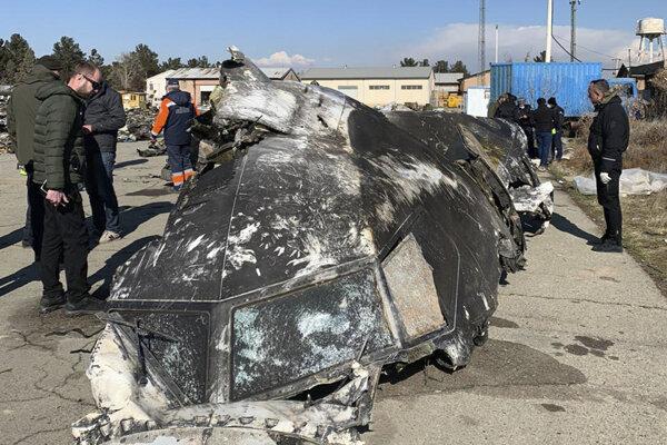 vrak lietadla Boeing 737-800 leteckej spoločnosti Ukrainian International Airlines (UIA), ktoré sa zrútilo v stredu 8. januára 2020, krátko po vzlietnutí z medzinárodného letiska v Teheráne.