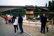 Zaťažkávacia skúška mosta.