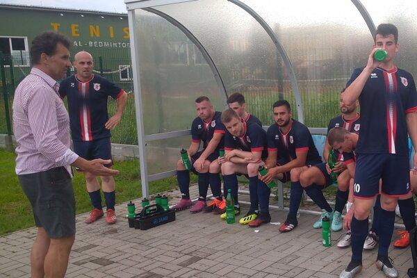 Futbalisti Spišskej Belej pokračujú po krátkej prestávke v letnej príprave.