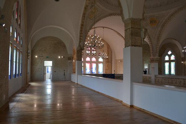 Lučenecká synagóga po rekonštrukcii.