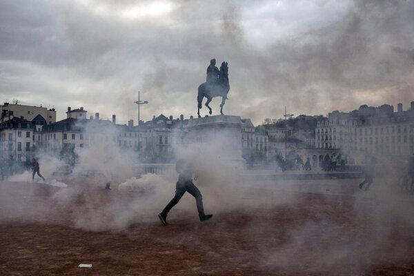 Takto sa demonštrovalo v Lyone.