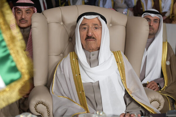 Stav kuvajtského emira sa po operácii pozoruhodne zlepšuje