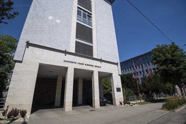 Ministerstvo financií SR.