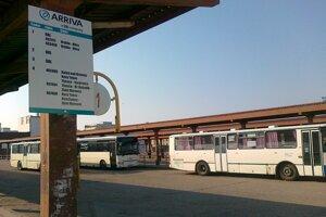 Autobusová stanica Levice.