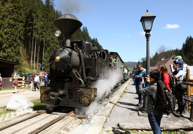 Čiernohronská železnica.