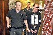 Tibor H. vlani na súde.
