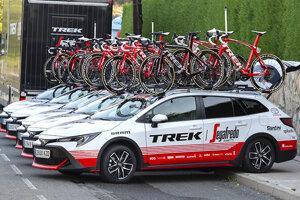 Doprovodné Corolly Trek tímu Trek-Segafredo predstavené na pretekoch La Vuelta v auguste 2019.
