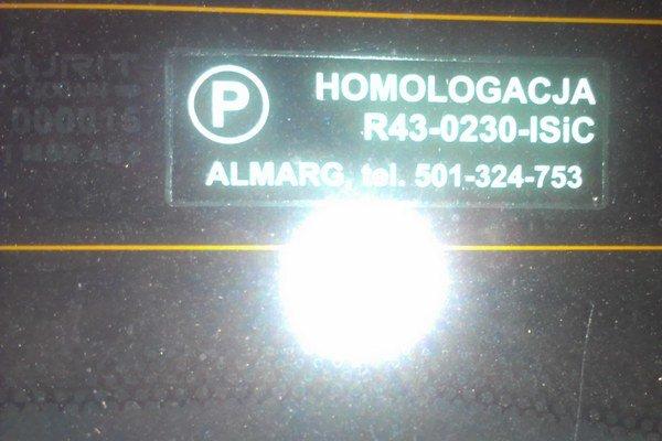 Podľa značky sú fólie z Poľska. Z krajiny, odkiaľ má čitateľka auto.