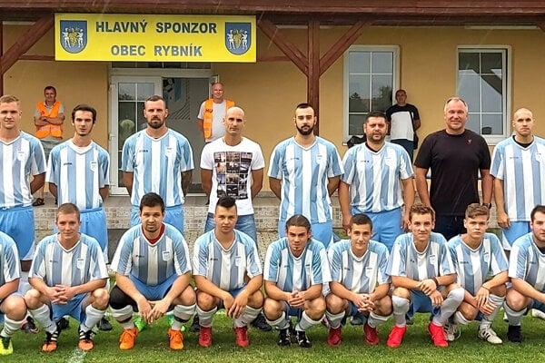 Nováčik II. triedy ObFZ Levice OFK Rybník.