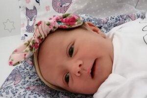 Zoe Magyarová (3200 g a 48 cm) sa narodila 19. júla o 2. hodine mamičke Inge a ockovi Jozefovi Magyarovcom zo Želiezoviec.