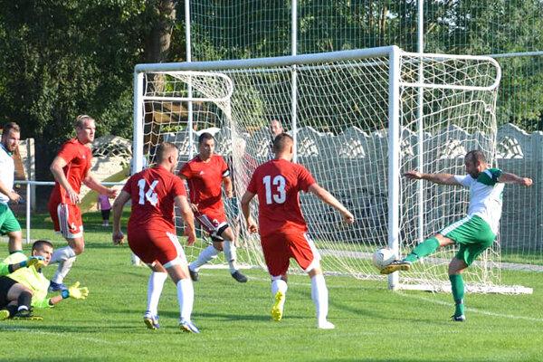 Nový Tekov doma remizoval sHontianskou Vrbicou 0:0.