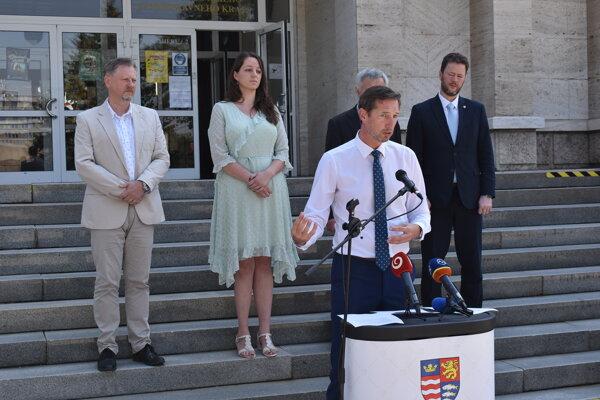 Milan Majerský hovorí o testovaní zamestnancov i vodičov SAD.