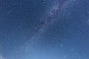 Meteor pozorovaný z Areálu Astronomického observatória na Kolonickom sedle.