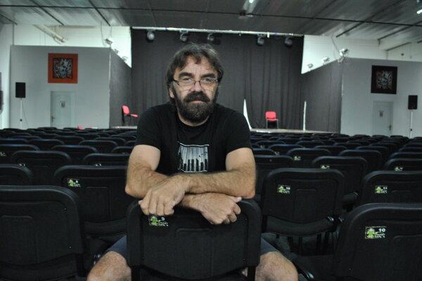 Drahomír Jacko, jeden z majiteľov klubu Nájomná jednotka 210.