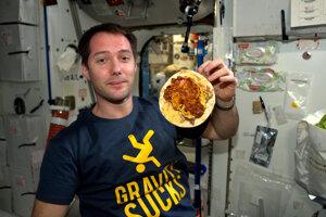 Thomas Pesquet bol prvýkrát na Medzinárodnej vesmírnej stanici od novembra 2016 do júna 2017.