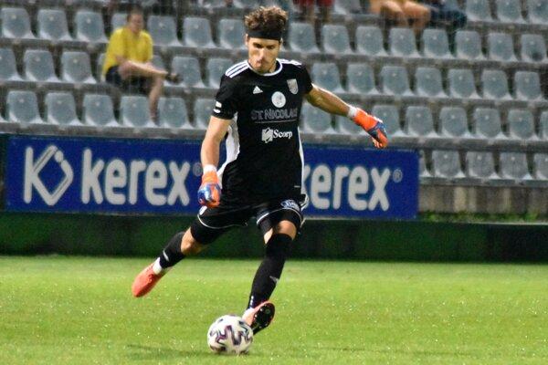 Matej Markovič hneď v prvom zápase za Michalovce vychytal nulu aj víťazstvo.