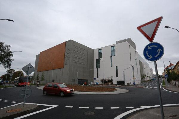 Nové dopravné zmeny pri obchodnom centre v Prešove.